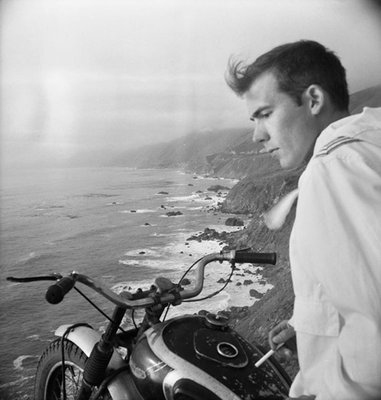hunter s thompson. Hunter S Thompson on his BSA